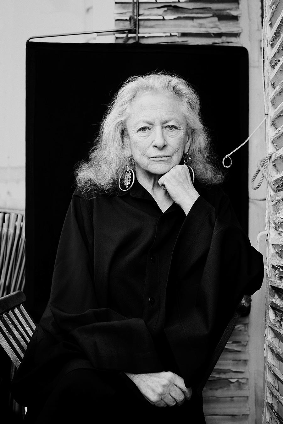 Irene Silvagni in vintage Yohji Yamamoto. © René Habermacher